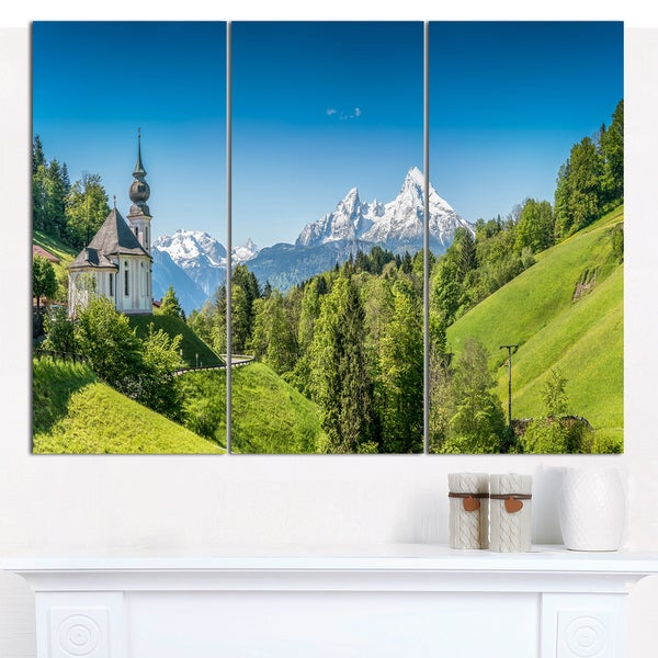 Designart 'Green Mountain View of Bavarian Alps' Multipanel Canvas Art Print - 3 Panels 36x28