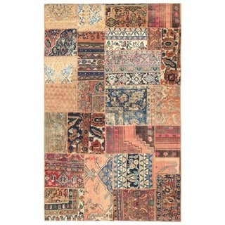 Herat Oriental Pak Persian Hand-knotted Patchwork Wool Rug (4'11 x 7'11)