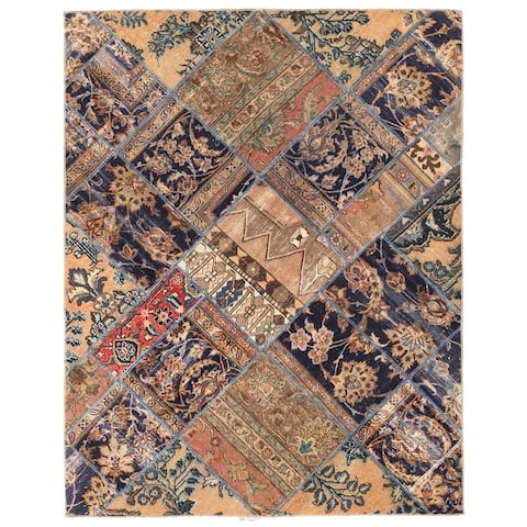Handmade One-of-a-Kind Patchwork Wool Rug (Pakistan) - 4'11 x 6'4