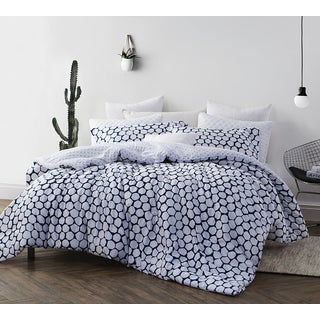 BYB Midnight Blue and White Hive Comforter (Shams Not Included)