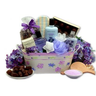 Tranquility Bath 11-piece Gift Basket with Soaps, Sponges