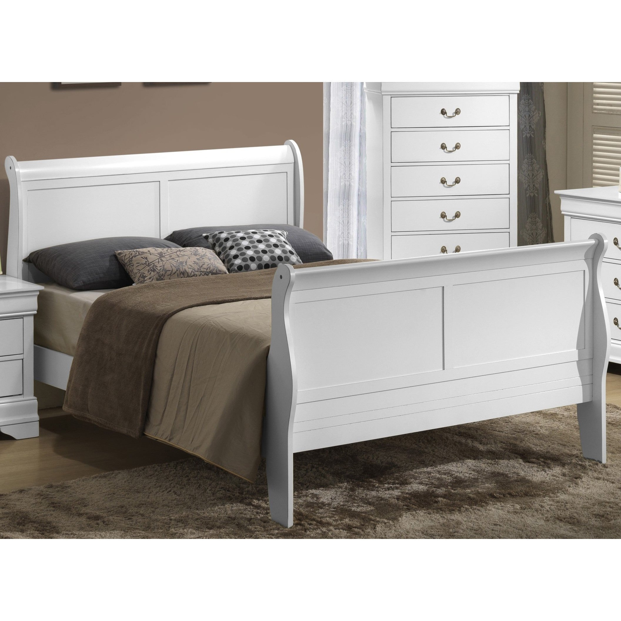 LYKE Home Classic White Wood Sleigh Bed (Queen)