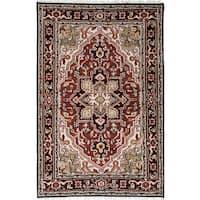 eCarpetGallery Royal Heriz Black/Red Handmade Wool Rug (4' x 6'1)