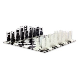 Handmade Art Glass Chess Set, 'Crystalline Challenge' (Mexico)|https://ak1.ostkcdn.com/images/products/14574530/P21122125.jpg?_ostk_perf_=percv&impolicy=medium