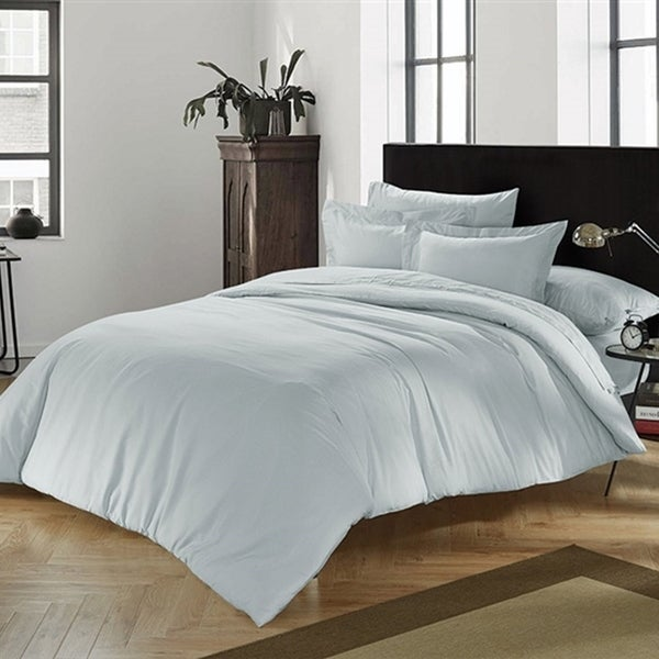 BYB Chino Glacier Gray Comforter (Shams Not Included)