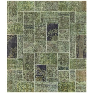 Herat Oriental Pak Persian Hand-knotted Patchwork Wool Rug (6'11 x 7'10)