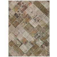 Herat Oriental Pak Persian Hand-knotted Patchwork Wool Rug (7'7 x 10'5) - 7'7 x 10'5