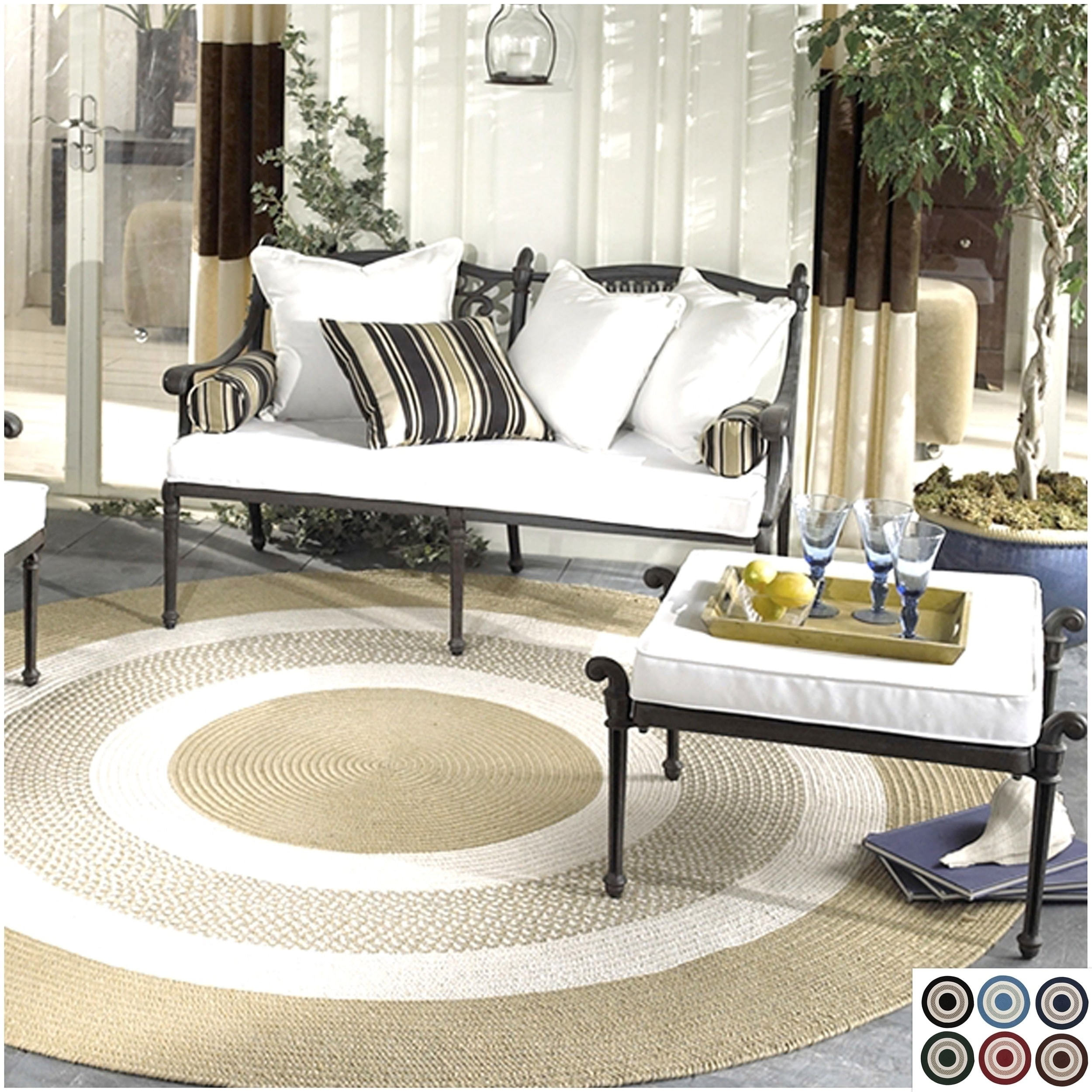 Colonial Mills Indoor or Outdoor Round Bay Braided Rug (4...