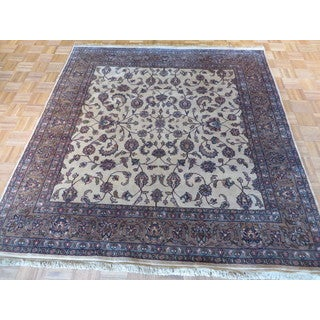 Hand Knotted Ivory Fine Agra with 100% Wool Oriental Rug - 7 x 7