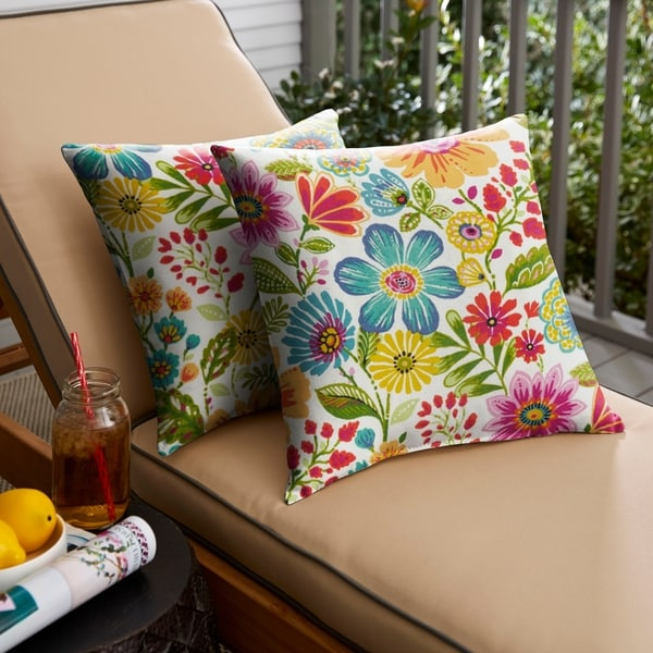 Watch Hill Multicolor Floral Indoor/ Outdoor Knife Edge Pillow Set by Havenside Home