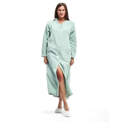 La Cera Women's Fleece Embroidered Snap Robe