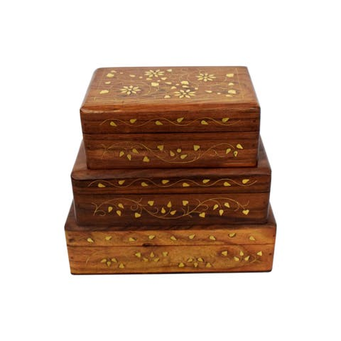 Handmade Floral Sesame Wood Box (India)