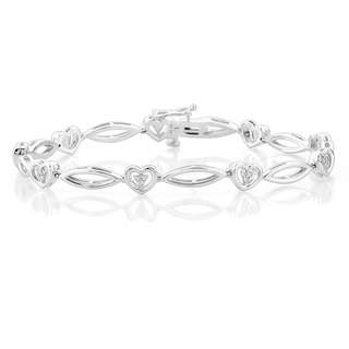 Sterling Silver 1/5CTtw Heart Link Diamond Bracelet