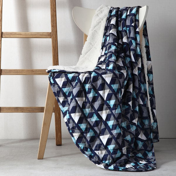 Clairebella Fractal 50x70 Reversible Throw