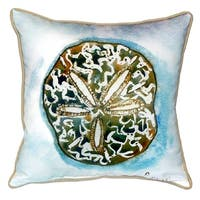 Betsy's Sand Dollar Small Indoor/ Outdoor Throw Pillow