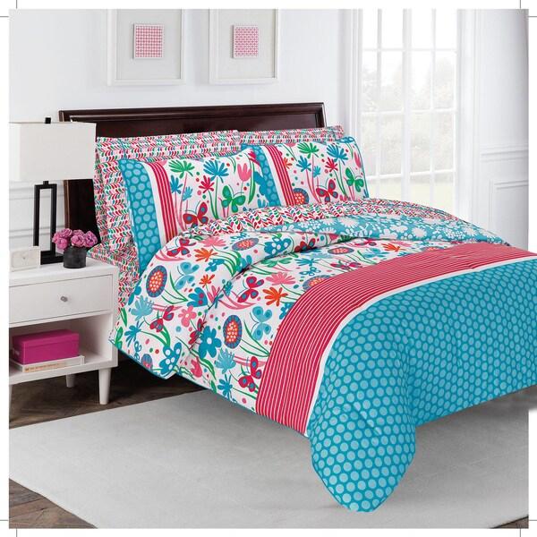 Flirty Floral Comforter Set