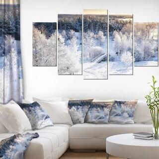 Designart 'Beautiful Winter Panorama' Landscape Wall Artwork on Canvas - 60x32 5 Panels
