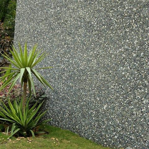SomerTile 12.25x12.25-inch Pebble Olive Pebble Stone Mosaic Floor and Wall Tile (10 tiles/10.4 sqft.)
