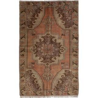 ecarpetgallery Hand-knotted Anadol Vintage Brown Wool Rug (4'9 x 7'8)