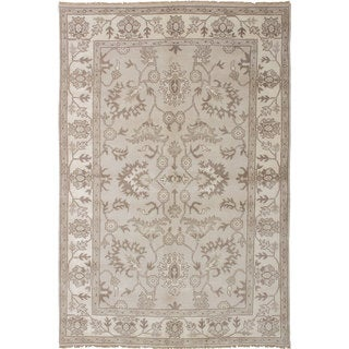 ecarpetgallery Hand-knotted Royal Ushak Grey Wool Rug (6' x 9')
