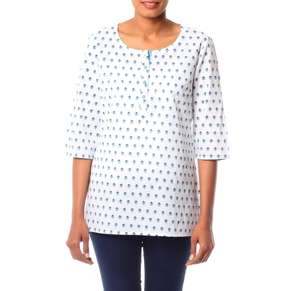Handmade Cotton Blue Blossoms Tunic (India)