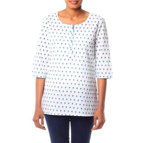 Handmade Cotton 'Blue Blossoms' Tunic (India)