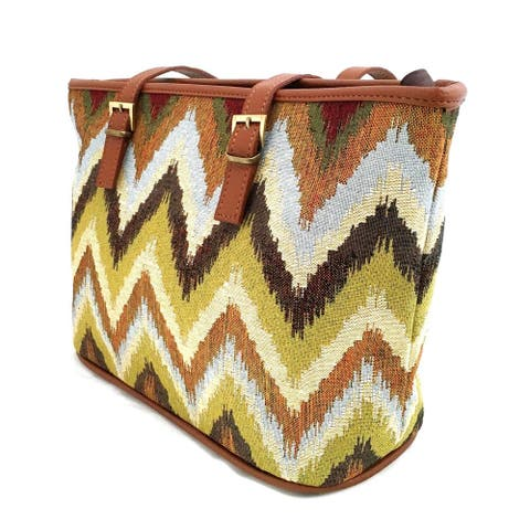 Red Pomegranate Jungle Chevron 13-inch Travel Tote Bag
