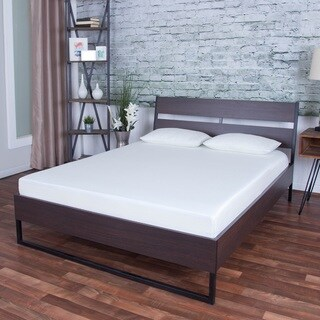 Icon Sleep by Somette 8-inch Short Queen-size Gel Memory Foam Mattress with Pillows