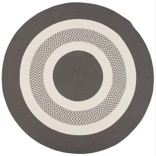 Round Grey Indoor/ Outdoor American Made Braided Rug (6' Round) - 6' x 6'