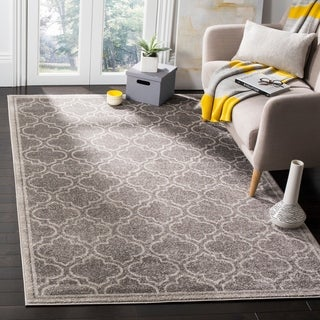 Safavieh Amherst Indoor / Outdoor Grey / Light Grey Rug (9' x 12')