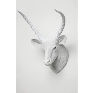 Interior Illusions 19-inch Tall Buck Head Faux Taxidermy|https://ak1.ostkcdn.com/images/products/14645905/P21184397.jpg?impolicy=medium