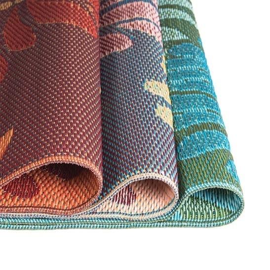 Shop Daisey Reversible Indoor/ Outdoor Mat (4' X 6')