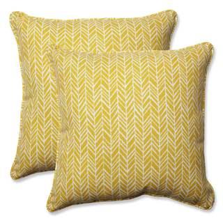 Pillow Perfect Outdoor/ Indoor Herringbone Egg Yolk 18.5-inch Throw Pillow (Set of 2)