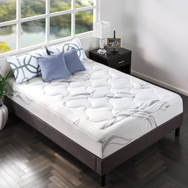 10 Ultra Small Bedrooms With King Size Beds: Shop Priage By Zinus 10 Inch King-Size Ultra Plush Memory