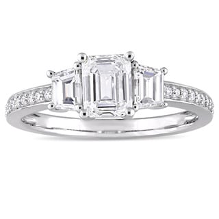 Miadora Signature Collection 14k White Gold 1 1/3ct TDW Emerald and Trapezoid-Cut Diamond Engagement Ring (G-H, SI1-SI2)