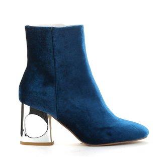 Cape Robbin Women's Carla Boots