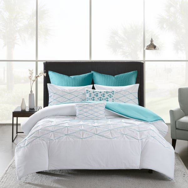 Shop Urban Habitat Bellina White/ Aqua 7 Piece Cotton Printed Duvet ...