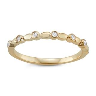 JewelMore 14k Yellow Gold 1/10ct TDW White Diamond Wedding Band (I-J, I2-I3)