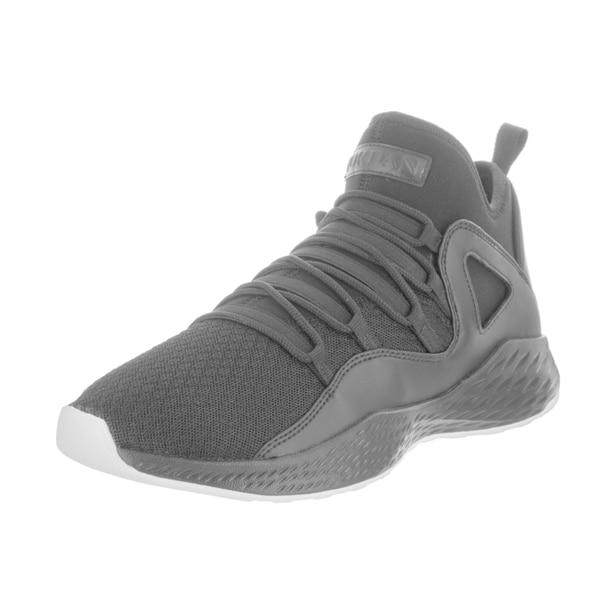 timeless design 6b86b f4c0c Nike Jordan Men  x27 s Jordan Formula 23 Basketball Shoe
