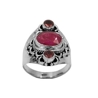 925 Sterling Silver Corundom Ruby and Garnet Ring