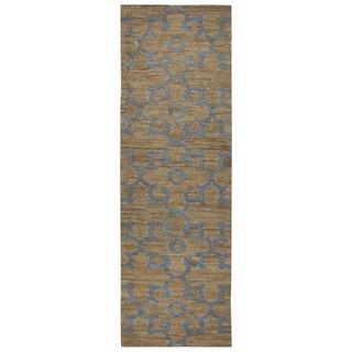Hand-woven Whittier Natural Jute Trellis Runner Area Rug (2'6 x 8')