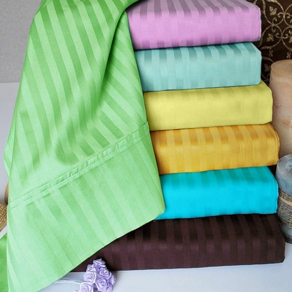 Egyptian Cotton 200 Thread Count Solid Pillowcase (Set of 2)