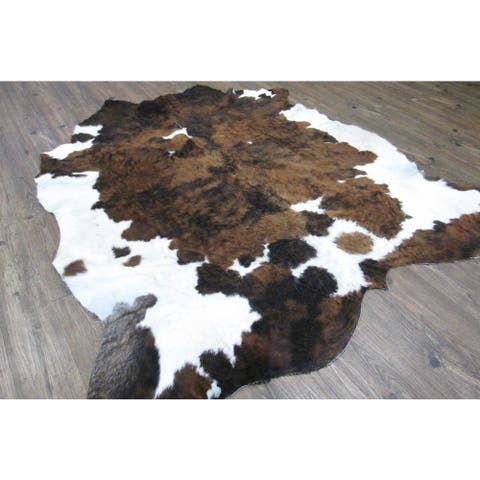Handmade 100-percent Cow Hide Dark Brown and Off-white Rug - 6' x 8'