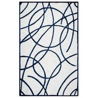 "Hand-tufted Monroe Off-white Wool and Viscose Geometric/ Trellis Runner Area Rug - 2'6"" x 8'"