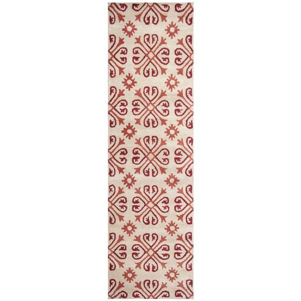 Hand-tufted Opus Khaki Wool Print Runner Rug (2'6 x 8')