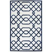 Hand-tufted Monroe Off-white Wool and Viscose Geometric/ Trellis Runner Rug (2'6 x 8')