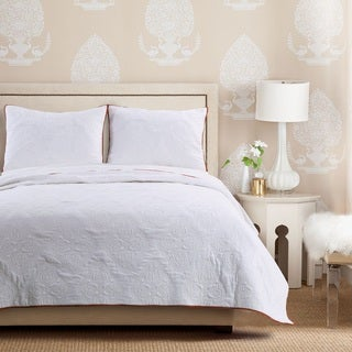 Cameo Whisper White Quilt Set