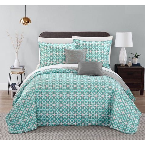 Chic Home 9-piece Pamelia Grey Fleur De Lis Patterned Reversible Quilt Set