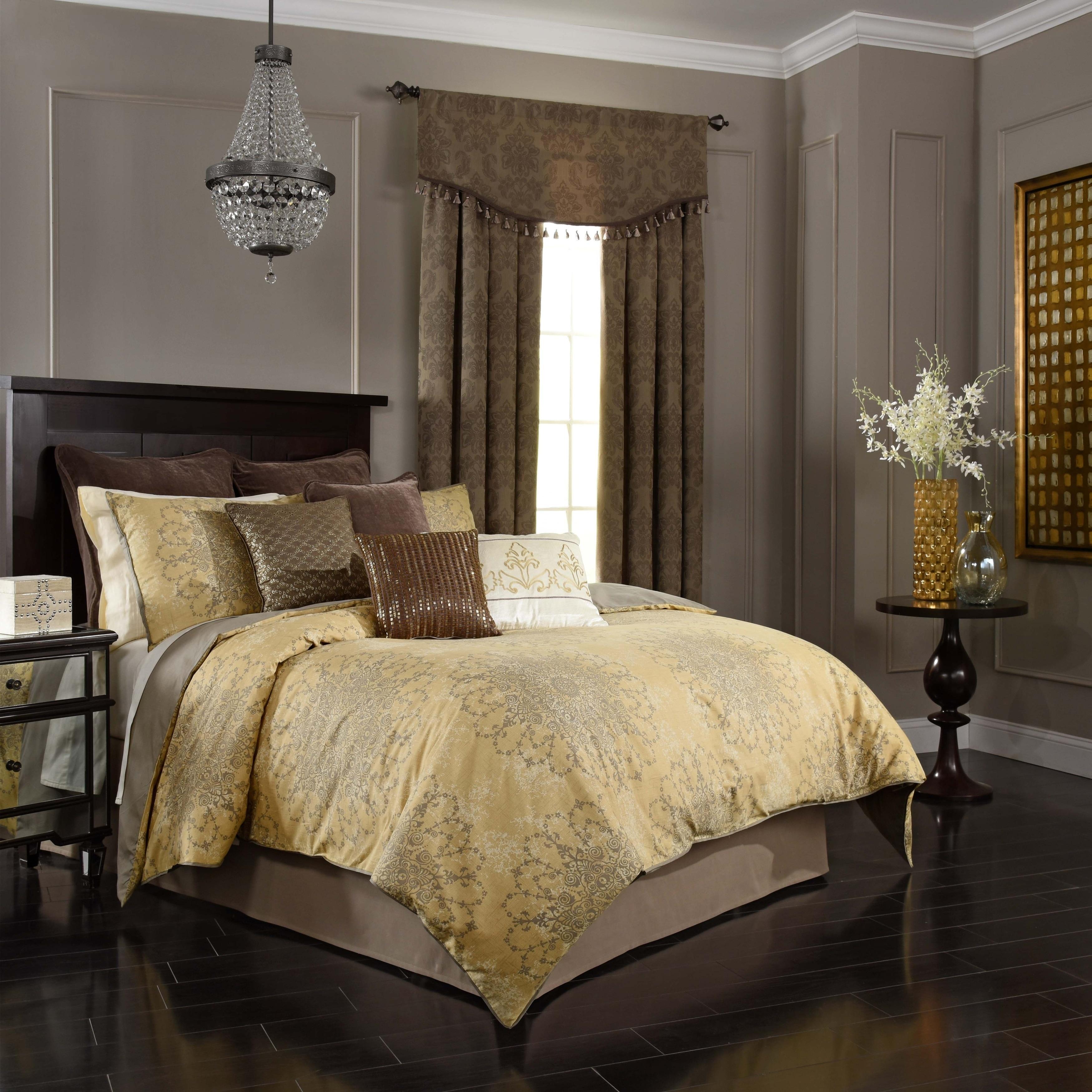 Simmons Beautyrest Sandrine Gold 4 Piece Comforter Set (K...