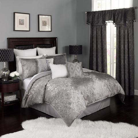 Beautyrest Chacenay Pewter 4 Piece Comforter Set